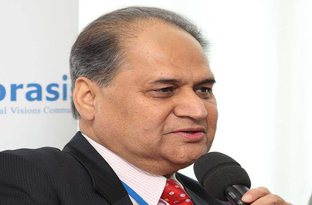 Industrialist Rahul Bajaj questioned on the former PM, said- did you go to Davos to celebrate a picnic