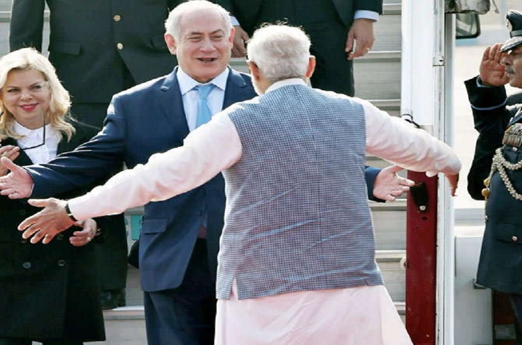 Israel Prime Minister Netanyahu and PM Modi will showcase the road show in Gujarat,   Modi did a grand welcome