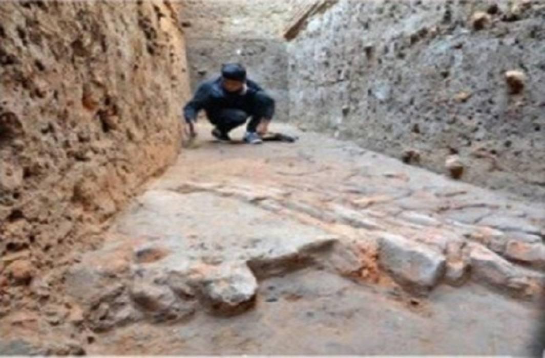 ASI founds Valuables goods near Modi's native house