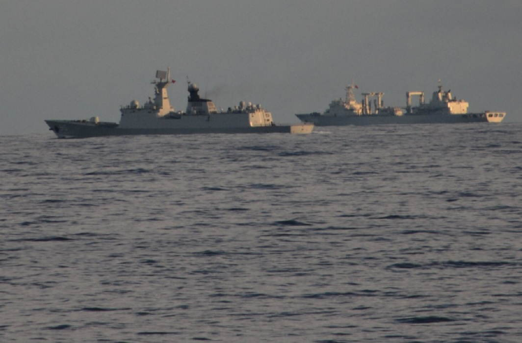 Chinese Navy Warship entered in Indian Ocean, Indian Navy taunt by saying Welcome