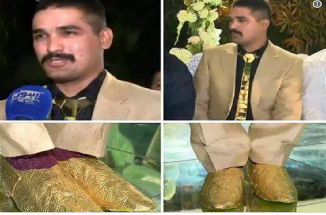 A groom had wearing a gold of 25 lakh in his reception of Lahore in Pakistan