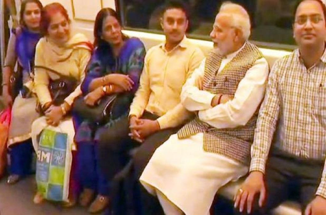 PM Modi to save Delhi from jam, travel by metro, Click selfie