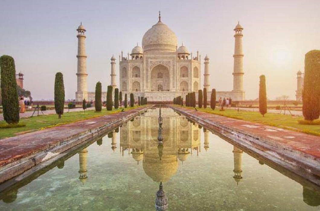 ASI's argument, color of Taj Mahal change by dirty socks, SC rebuked