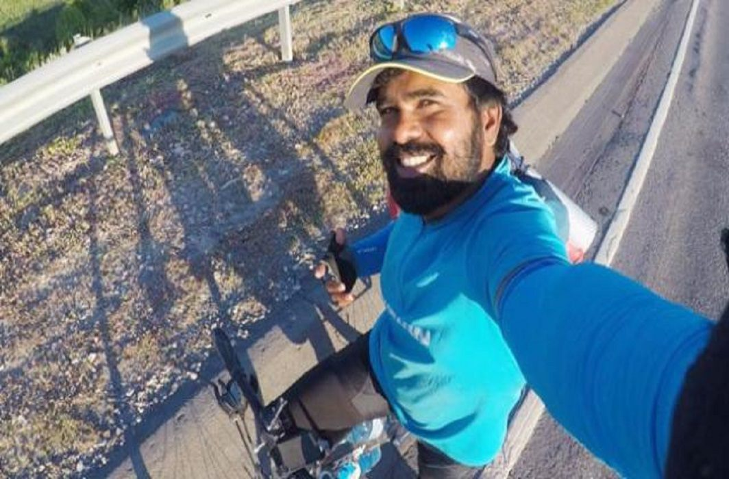 Amazing: to meet Messi fan of Kerala reached Russia by bicycle