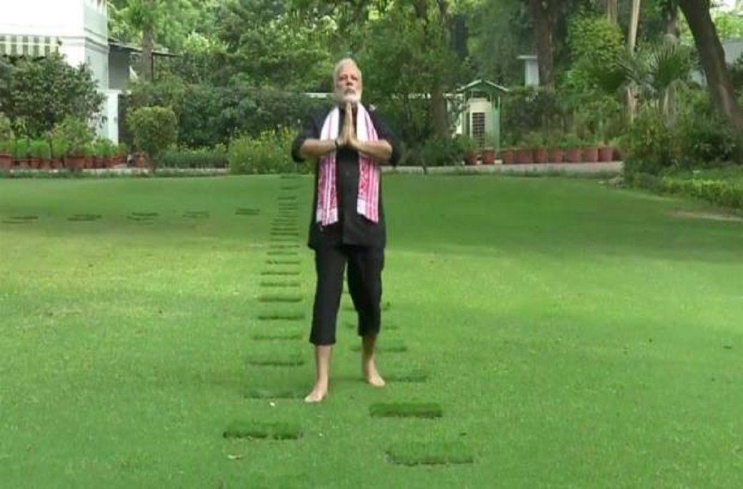 By accepting Kohli's challenge, PM Modi shared the video, Kumaraswamy nominated