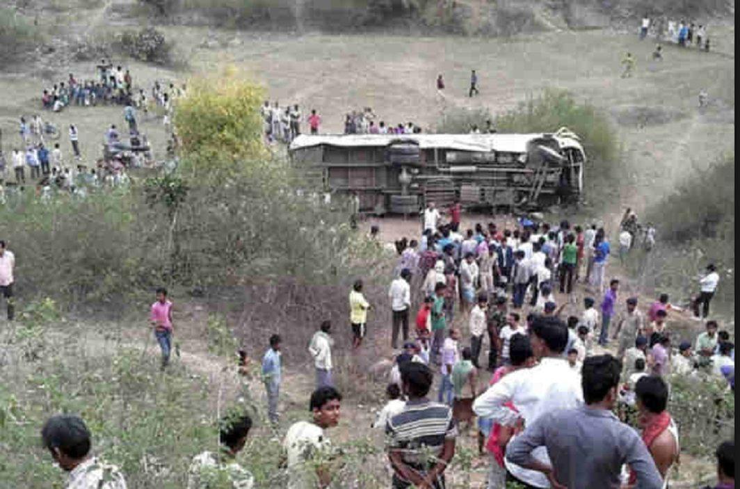 Double-decker bus flip in Mainpuri; 16 killed in 24 injured