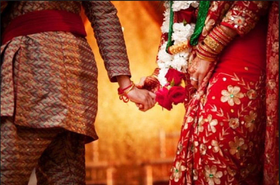 Etawah Police Station has made witness of marriage
