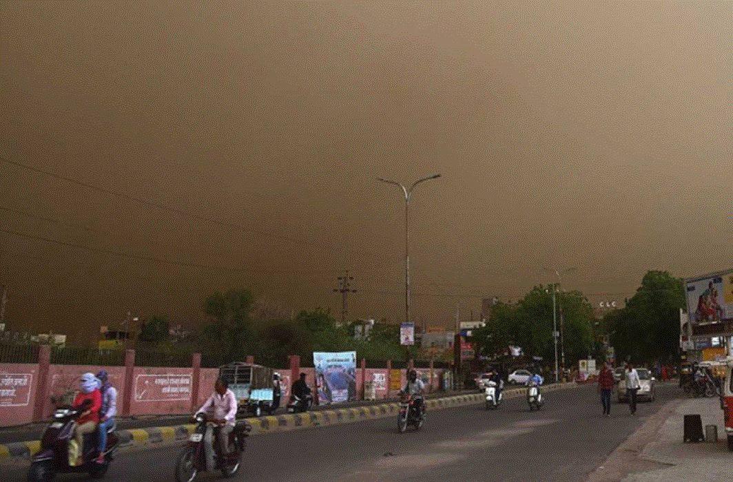 Meteorological Department warns of dust storm in Delhi-NCR