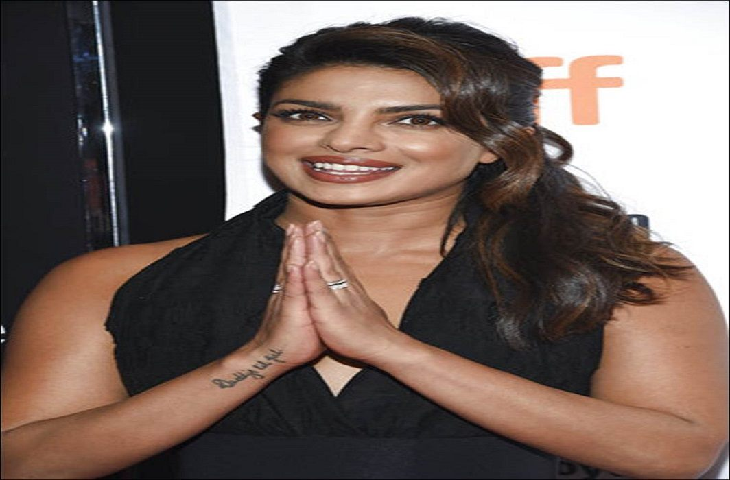 Priyanka Chopra apologizes on Quantico controversy, Said - proud to be Indian