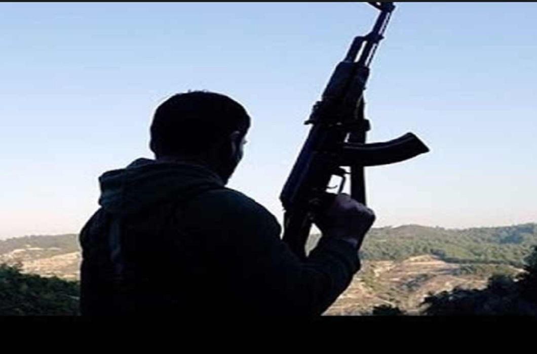 The absconding policeman stabbed the terrorist organization Hizbul Mujahideen