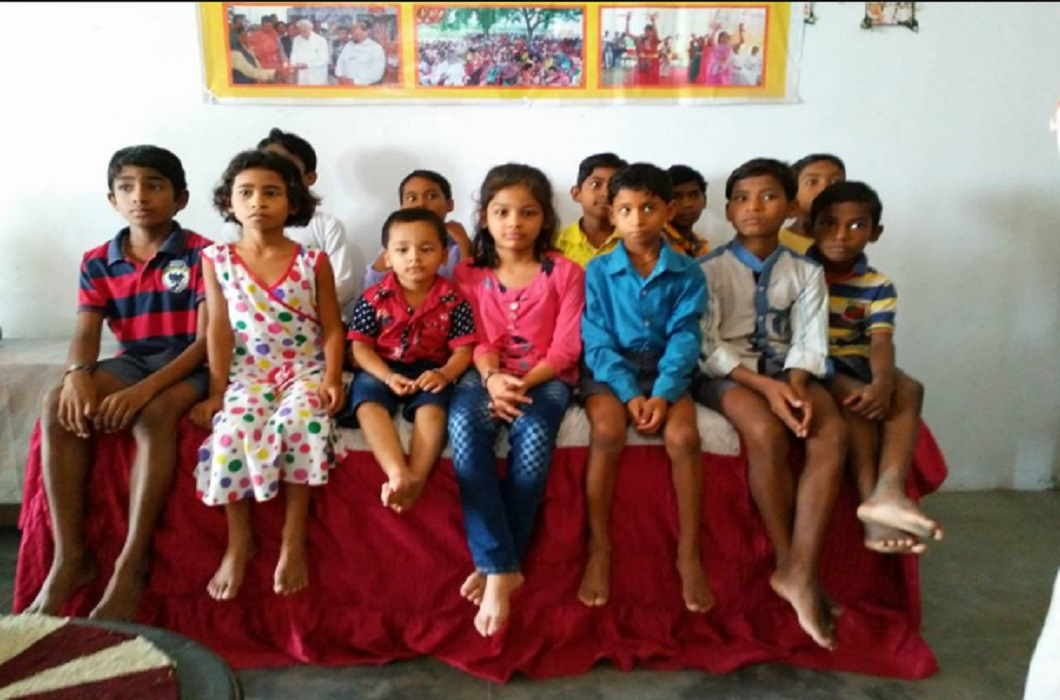 'Aadhaar' introduced 9 orphaned children to their parents In Bihar