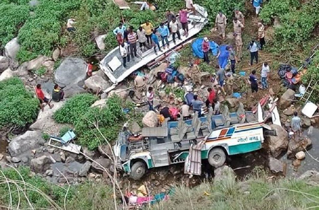 After the death of 47 passengers in road accident, what will the Uttarakhand government is sleep?