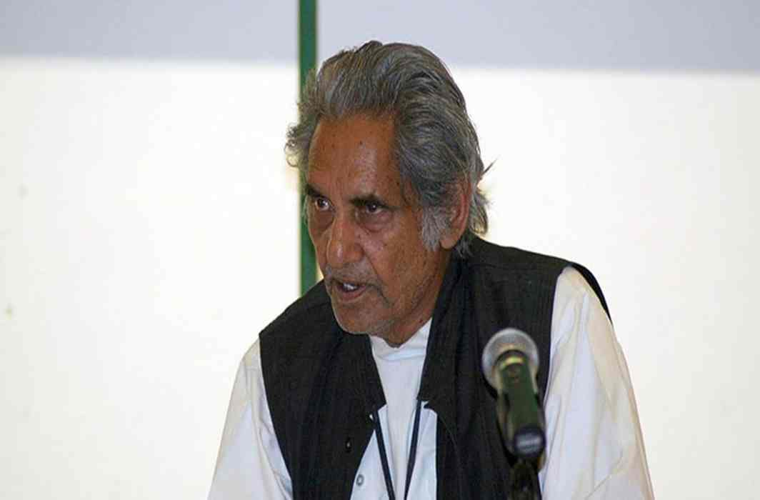 In the memory of lyricist Neeraj, request to build a literary center