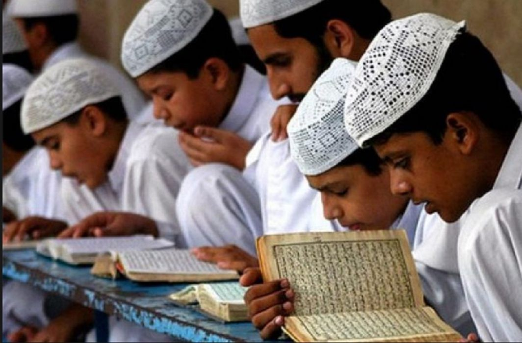 Preparation of dress code in UP madarsas,Not kurta pajama, Pants-shirt is necessary