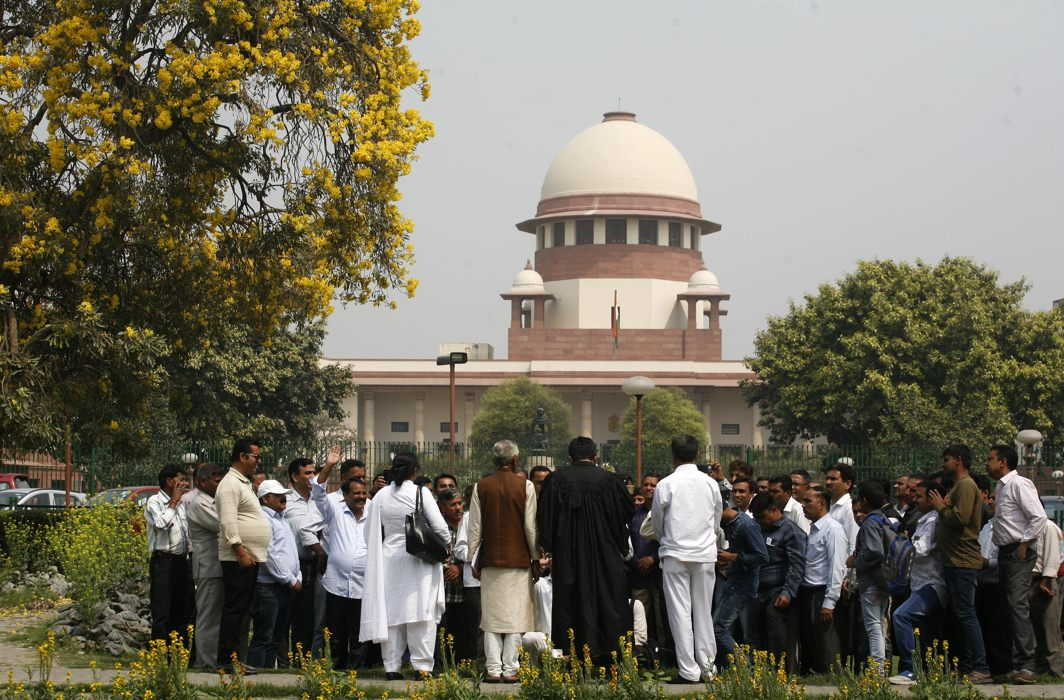 Delhi Sealing - Comment by the Supreme Court, Government has 'Sleeping' power