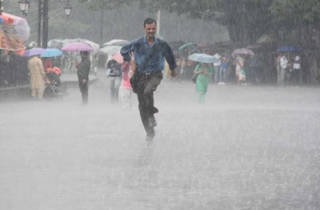 Uttar Pradesh affected by rain, 45 dead