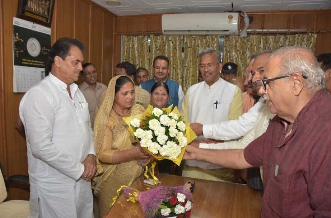 Ajay Bhatt Strict on BJP Legislature on the Pain of Munni Devi