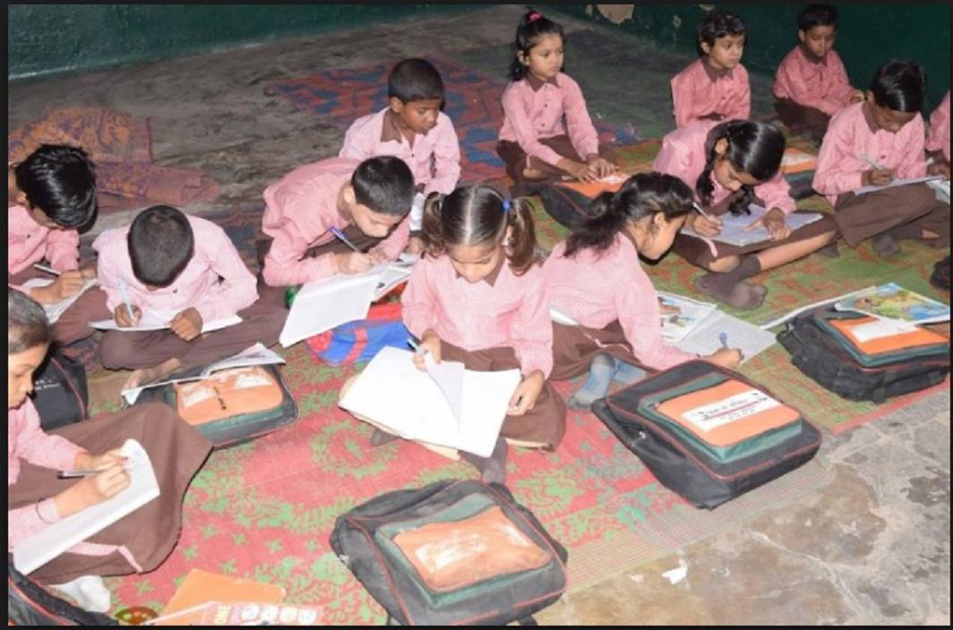 In Baghpat, the truth of education and facilities in schools