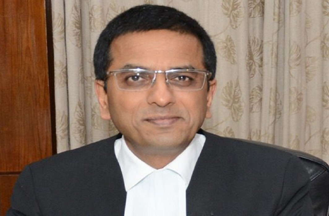Justice Chandrachud criticized the Center for leaving the judgment on Section 377 at the discretion of the court.