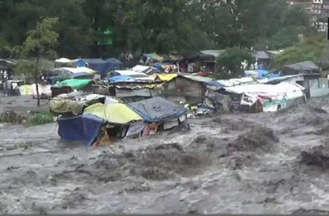 Bad weather situation in Kullu-Manali and warning of Heavy rain in Delhi-NCR