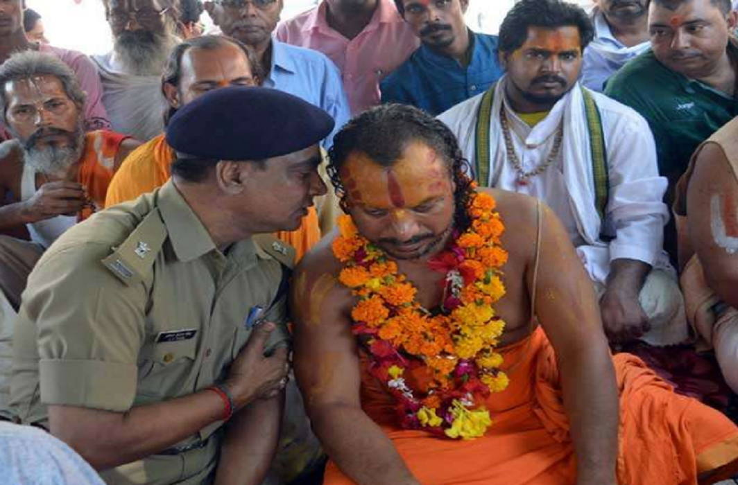 Mahant Paramahansa Das health condition serious due to hunger strike and admitted in PGI