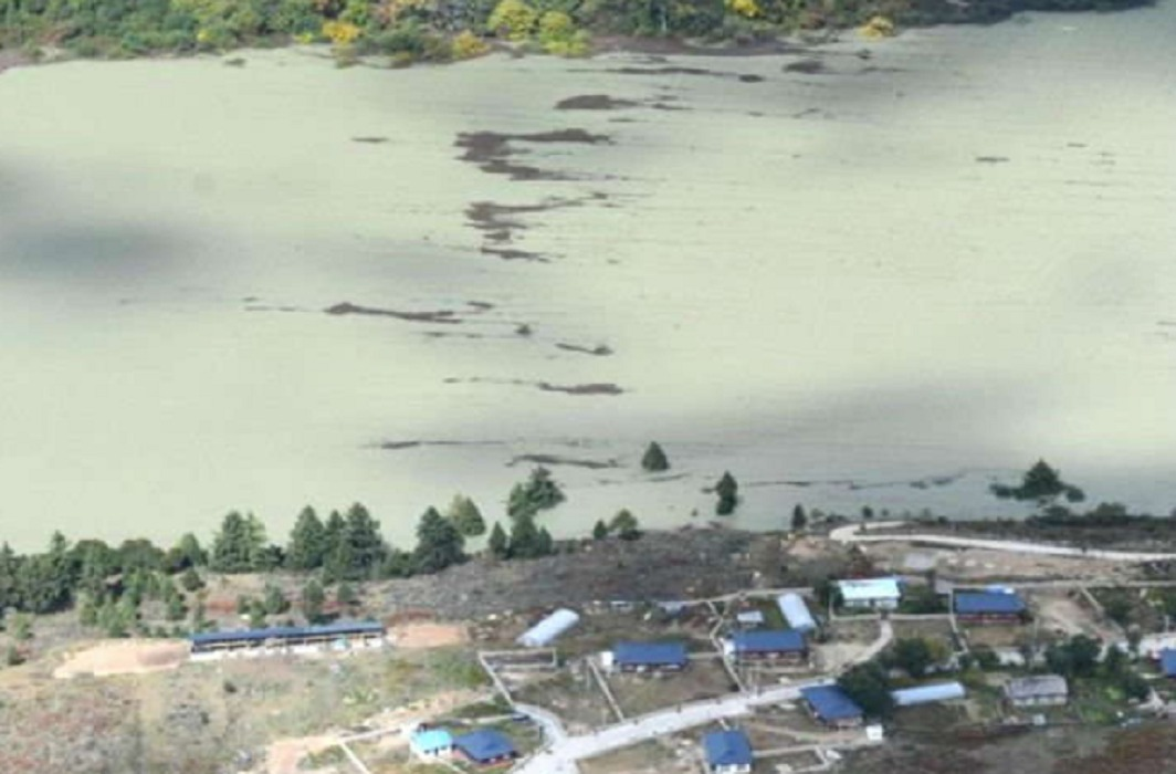 After the landslide in China, the water flow of Brahmaputra river stopped and Flood alert in Assam, Arunachal