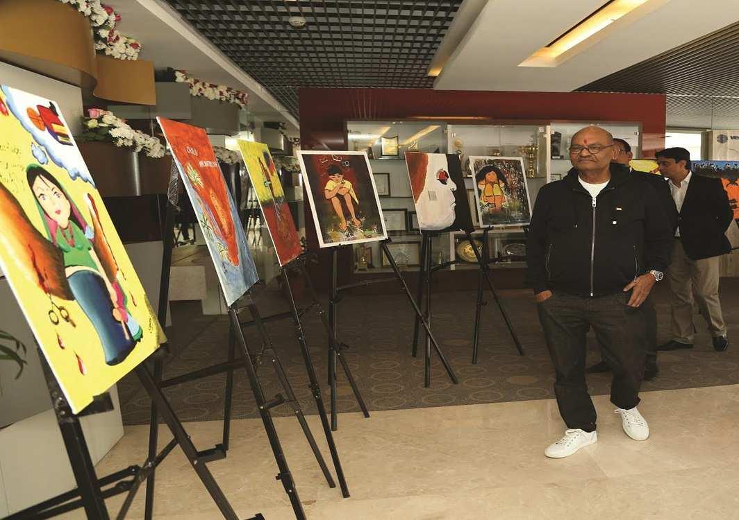 Billionaire Anil Agarwal at an art do. Photo: UNI