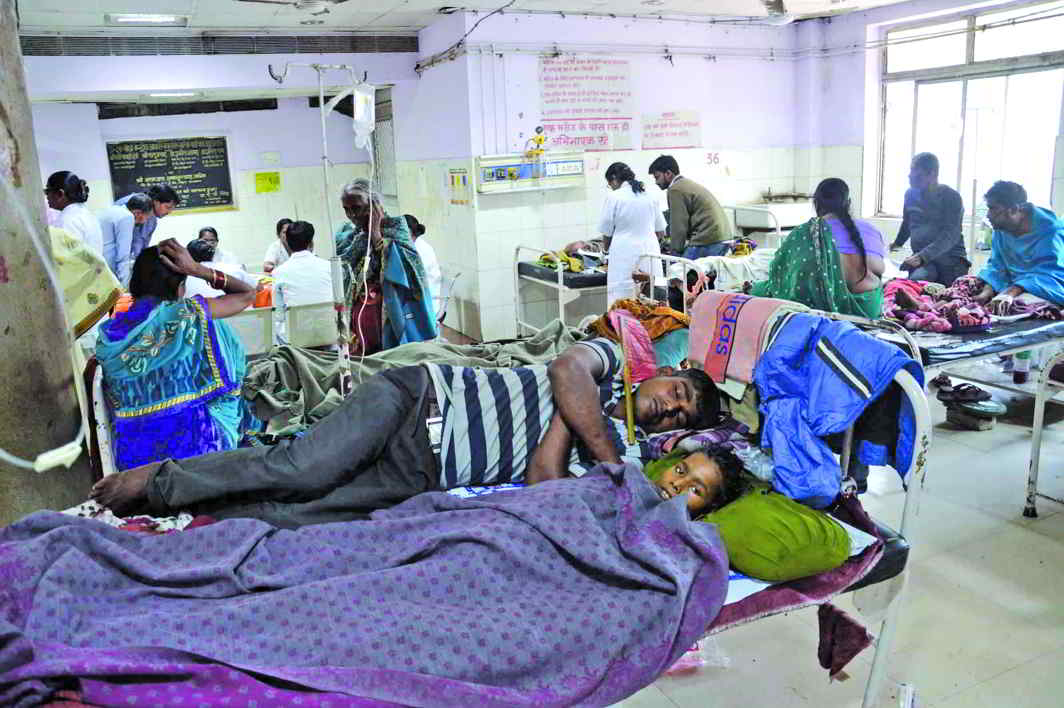 Patients left high and dry by striking doctors at Patna Medical College & Hospital. Photo: UNI