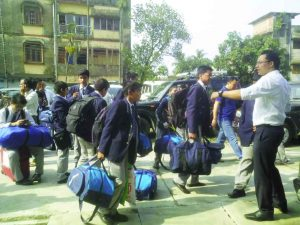 Residential school students leave for home in Darjeeling. Photo: UNI