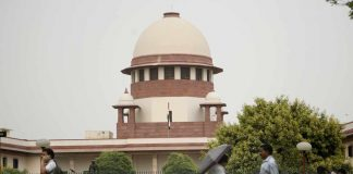Disqualified AIADMK legislators: SC appoints a third judge to break deadlock