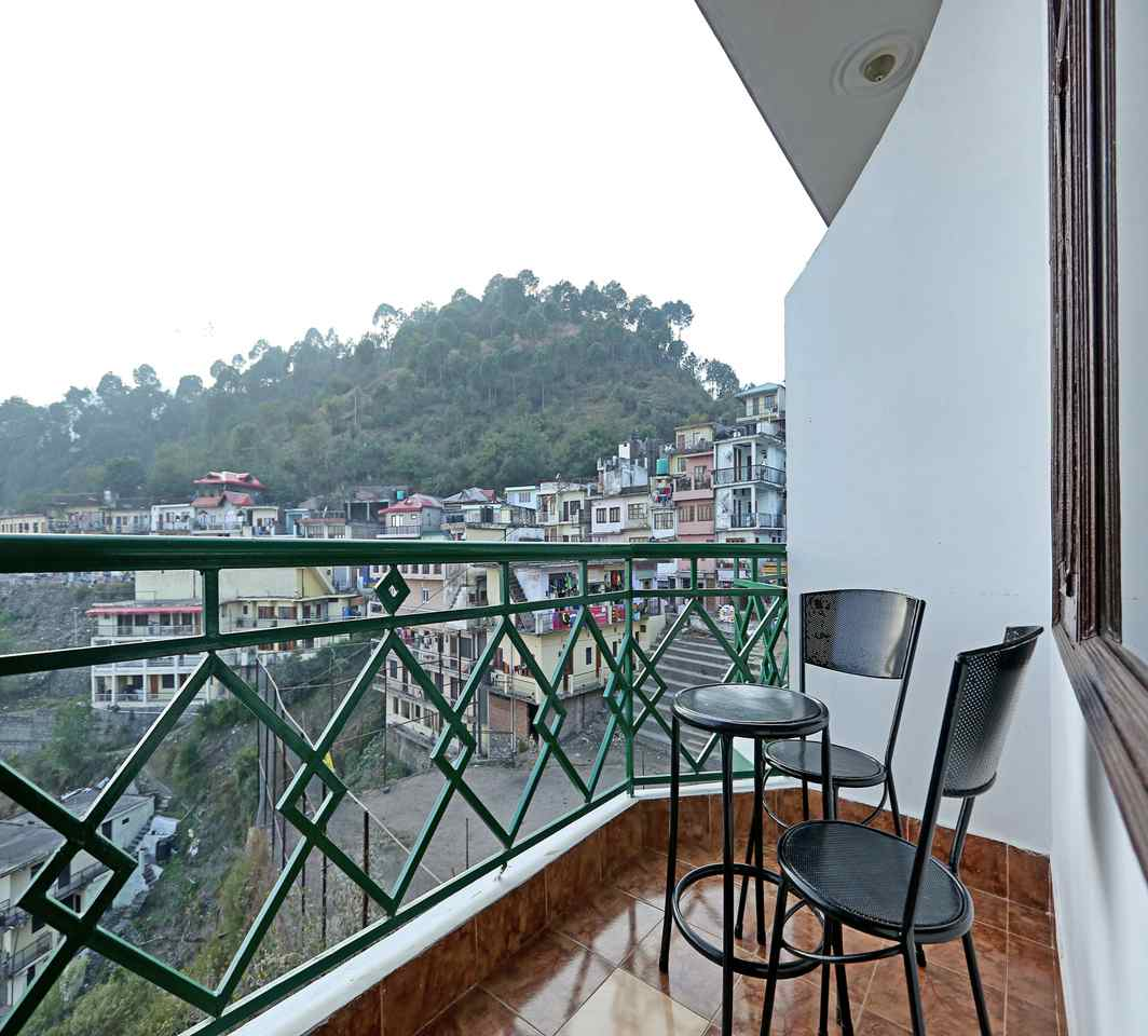 Illegal Kasauli hotels to be demolished in a week, orders NGT