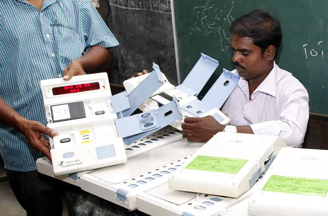 RTI reveals mysterious thefts of EVMs; no effort at investigation by EC
