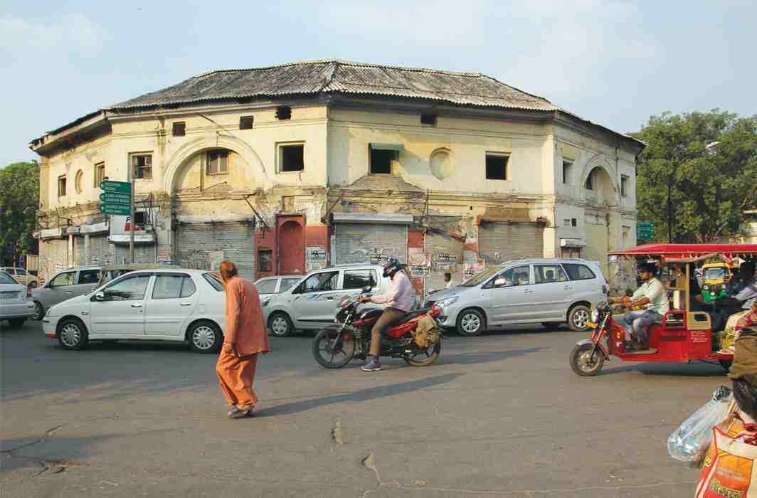 Gole Market: A Shut and Open Case