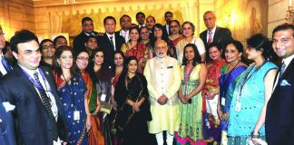 Prime Minister Narendra Modi and Union minister Sushma Swaraj with the Indian community in New York. Expats who fall under the DACA category will face several legal problems now. Photo: UNI