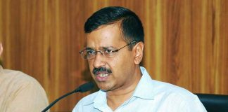 """Chief Secy """"manhandling"""": Police to charge Kejriwal, Sisodia with criminal conspiracy"""