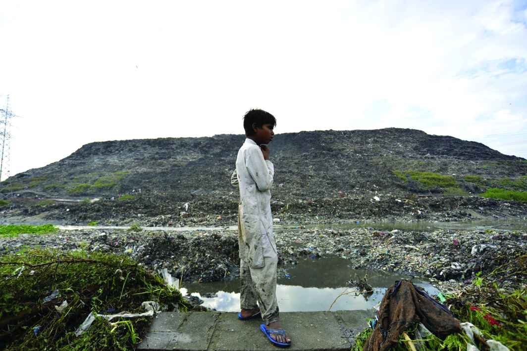 The landfill in Ghazipur in East Delhi that came crumbling down. Photo: UNI