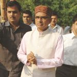 CBI's clean chit to Shivraj Singh Chouhan has turned the spotlight back on Digvijaya Singh. Photo: UNI