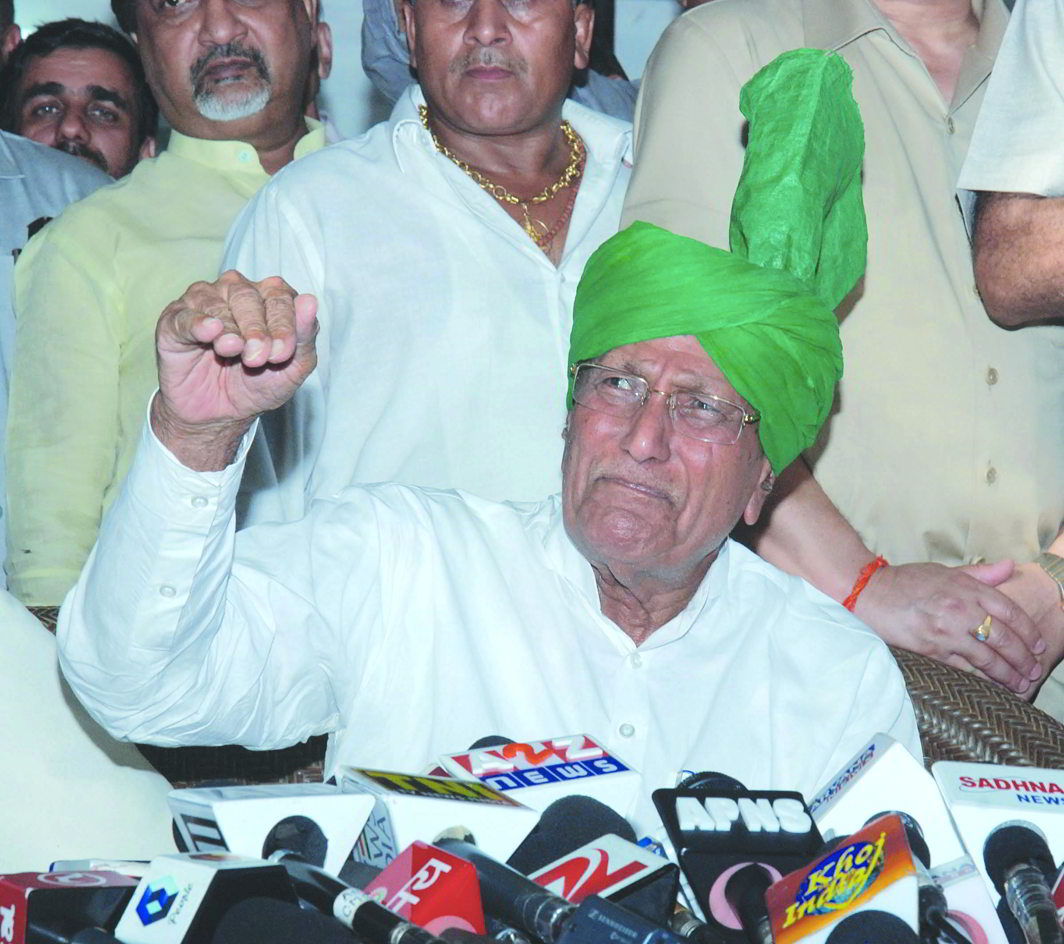 Indian National Lok Dal chief Om Prakash Chautala is in jail for his involvement in the teachers' recruitment scam