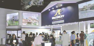 Exhibitors at the third edition of the Dubai Property Show in Mumbai/Photo Courtesy: Magicbricks