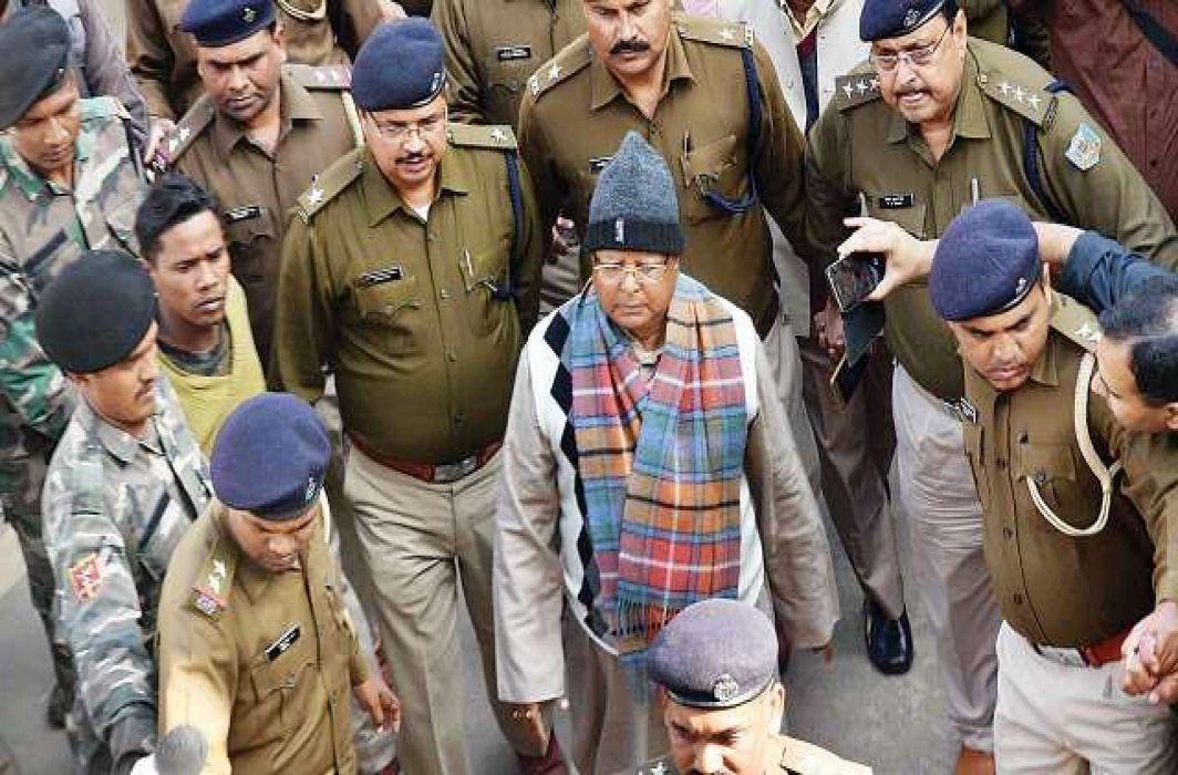 Lalu, Jagannath Mishra awarded 5-year jail term in third fodder scam case