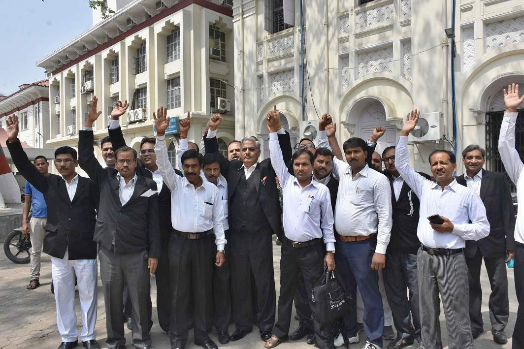Lawyers of Patna High Court protesting against the proposed Advocates Amendment Bill/Photo: UNI