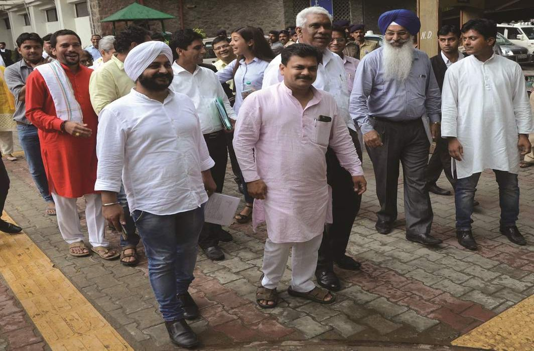 AAP MLAs leaving the Election Commission's office (file picture)/Photo: UNI