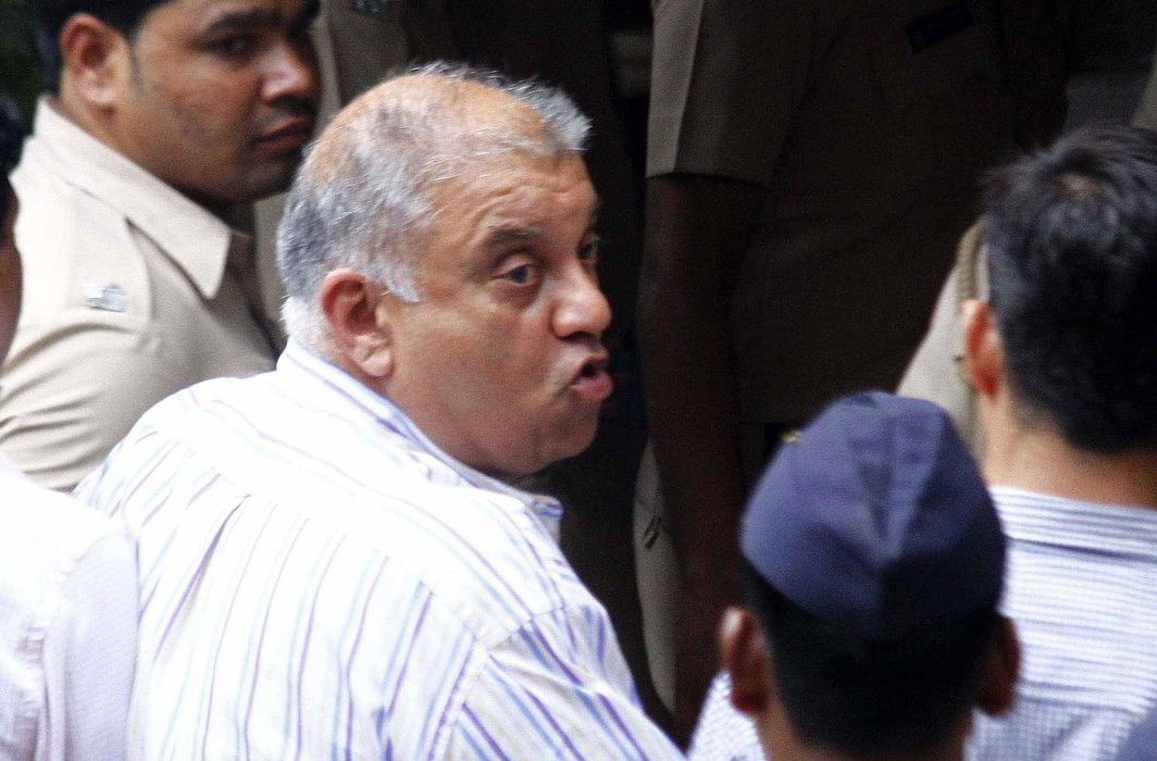 Peter Mukerjea accused of Sheena Bora murder case being produced at the Esplanade Court in Mumbai (file photo). Photo: UNI