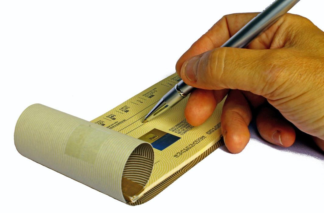Penalty of up to Rs 10,000 for dishonour of cheques