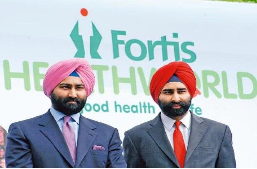 Estranged brothers Shivinder (right) and Malvinder Singh