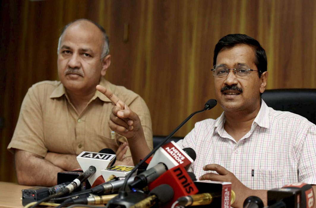 CS assault case: Delhi court issues summons to Kejriwal, Sisodia and 11 other AAP MLAs