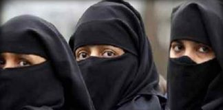 Centre approves ordinance to criminalise instant triple talaq