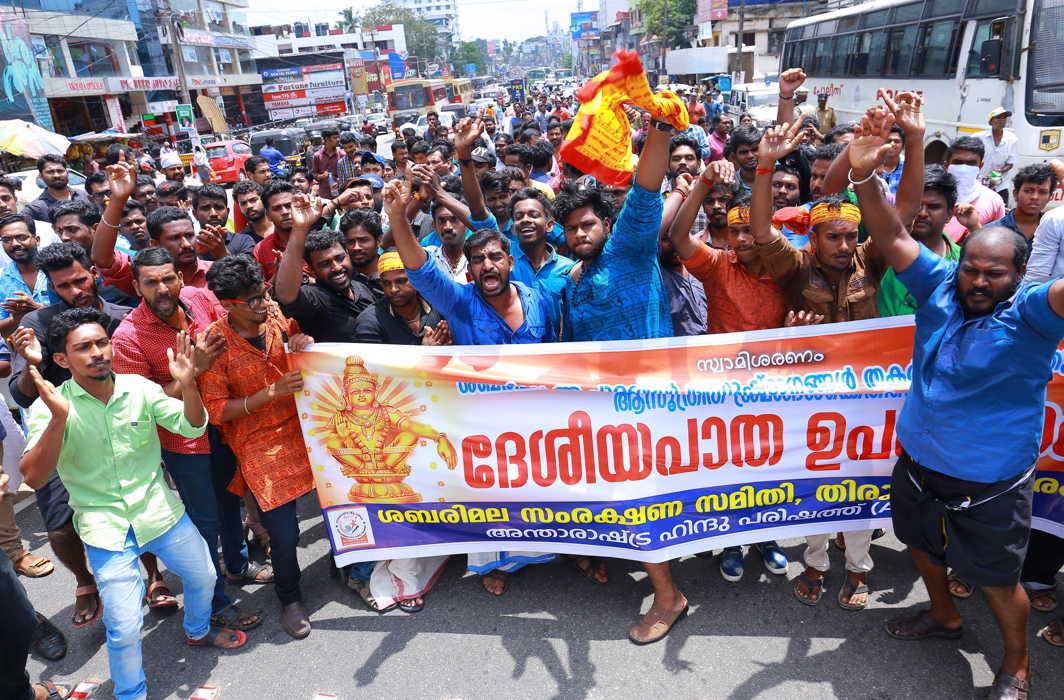 SC declines early hearing of petitions seeking recall of Sabarimala verdict