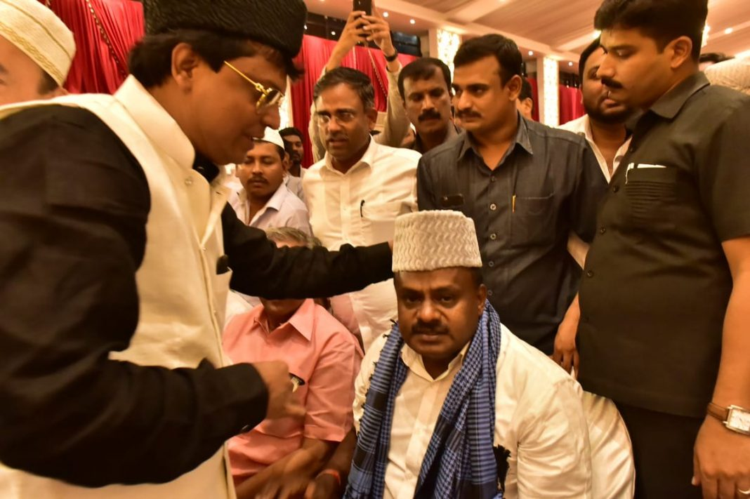 Chief Minister HD Kumaraswamy at an iftar party in Bengaluru/Photo: @CMofKarnataka/twitter