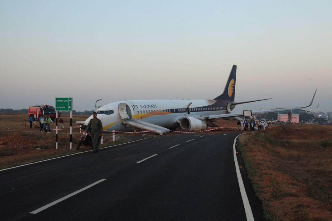Jet Airways, India's second largest carrier, has piled up debts of over Rs 8,500 crore/Photo: UNI